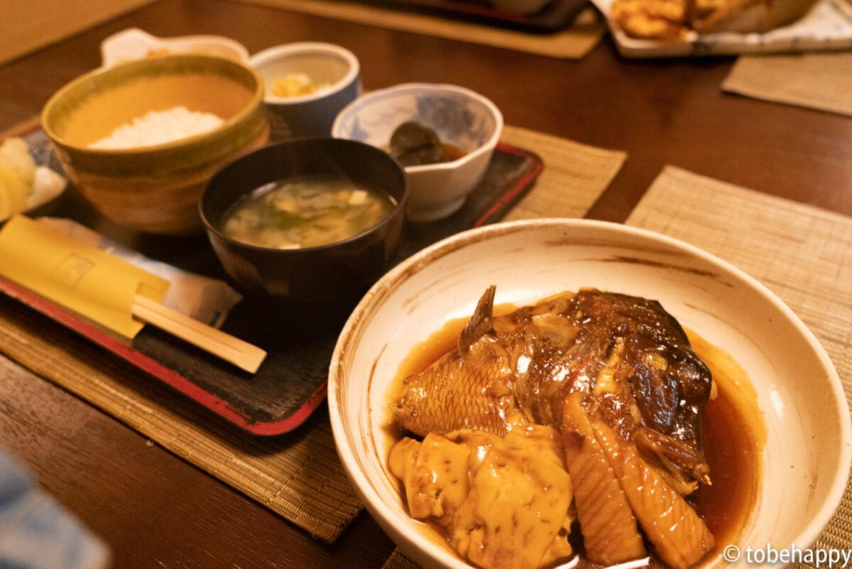 寅やの鯛のかぶと煮定食