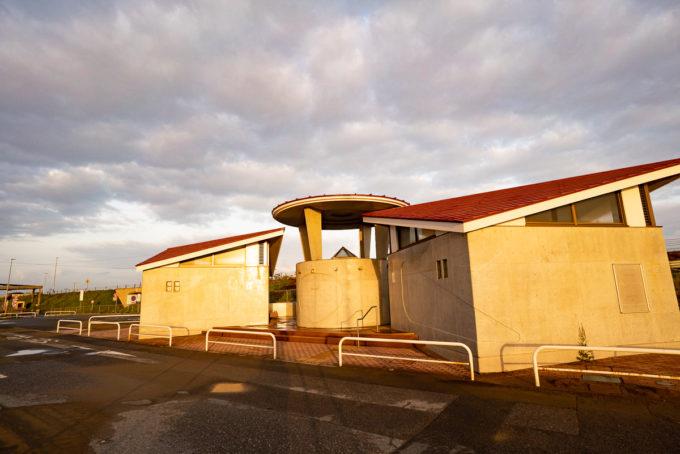 白里海岸駐車場公衆トイレ